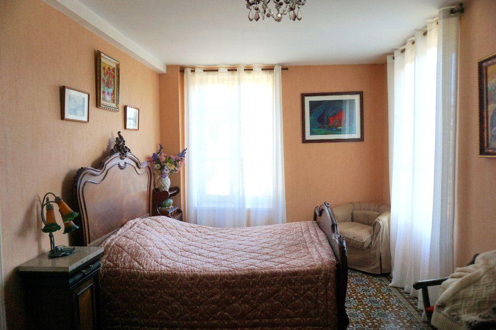Maison à vendre 7 172.5m2 à Gournay-en-Bray vignette-9
