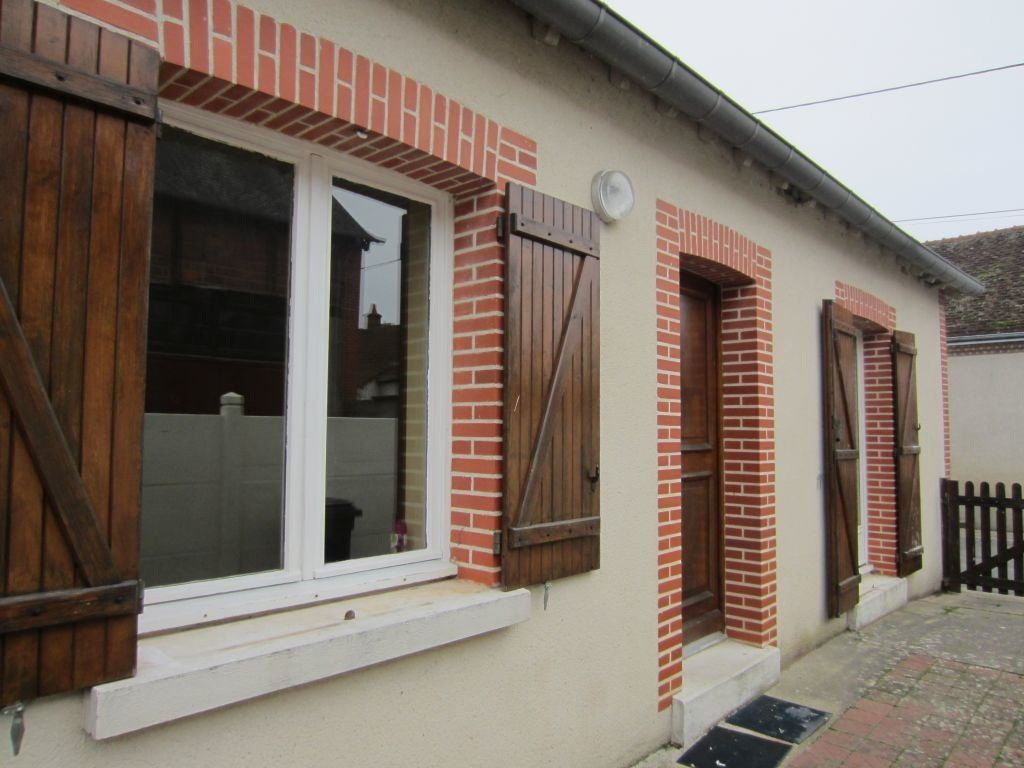 Maison à louer 3 77m2 à Villefranche-sur-Cher vignette-1