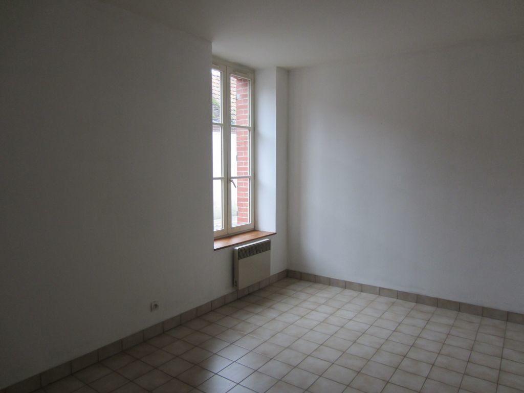 Maison à louer 3 77m2 à Villefranche-sur-Cher vignette-4