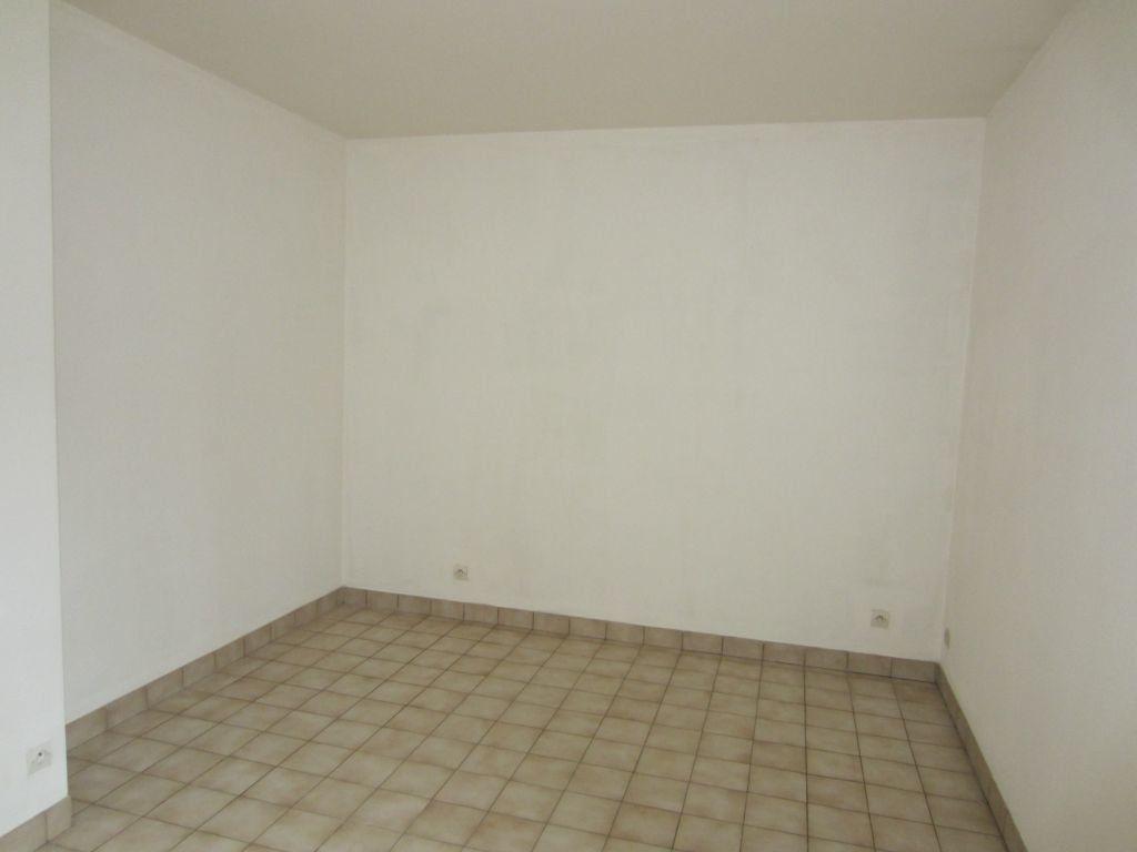 Maison à louer 3 77m2 à Villefranche-sur-Cher vignette-5