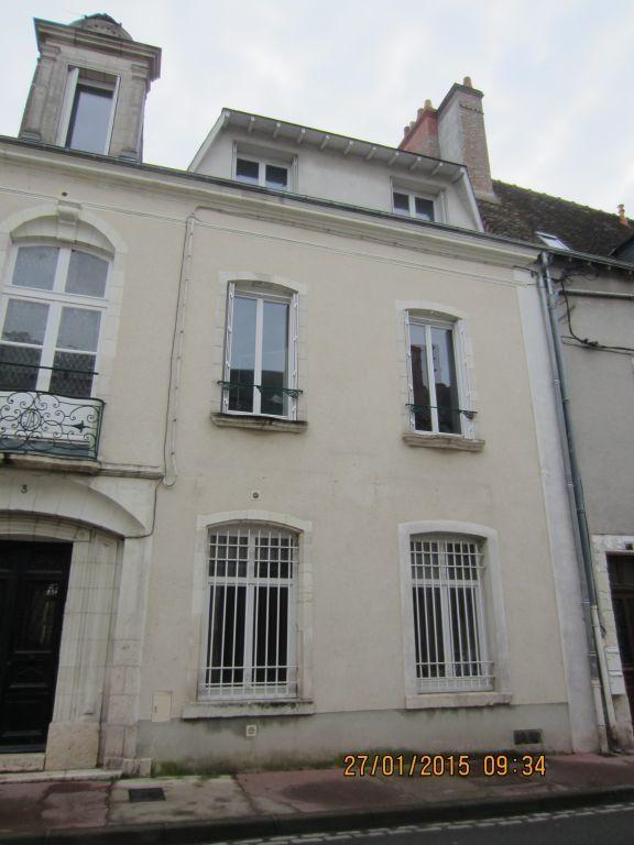 Appartement à louer 2 36m2 à Romorantin-Lanthenay vignette-1