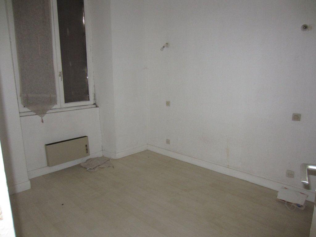 Appartement à louer 2 29m2 à Romorantin-Lanthenay vignette-3