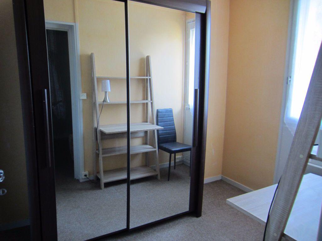 Appartement à louer 2 24.4m2 à Romorantin-Lanthenay vignette-2