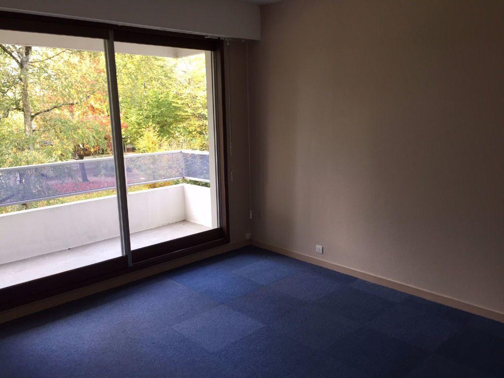 Appartement à louer 4 92m2 à Romorantin-Lanthenay vignette-10