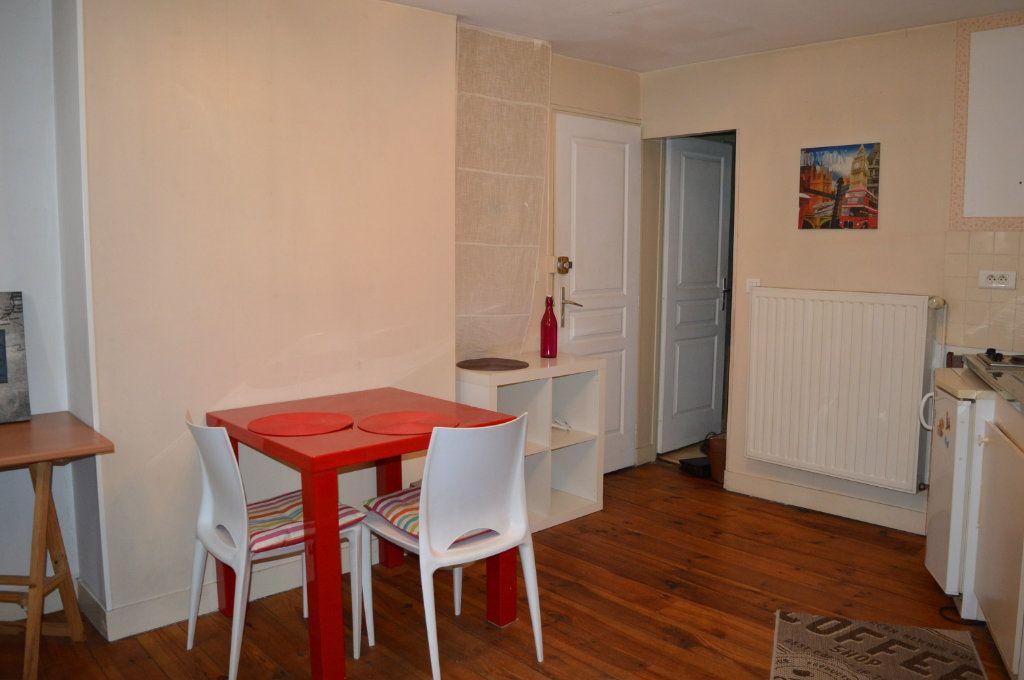 Appartement à louer 1 19.92m2 à Limoges vignette-2