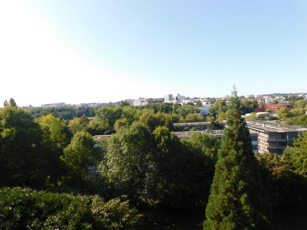 Appartement à louer 2 65m2 à Limoges vignette-9