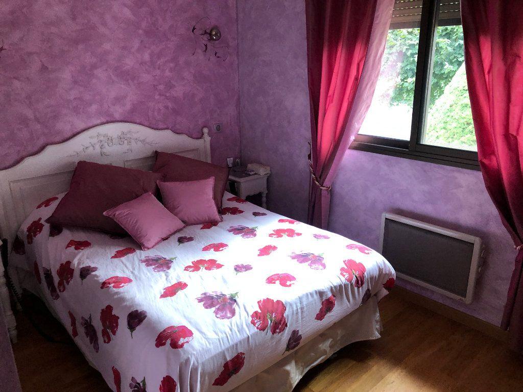 Maison à louer 5 160m2 à Saint-Bonnet-Briance vignette-10