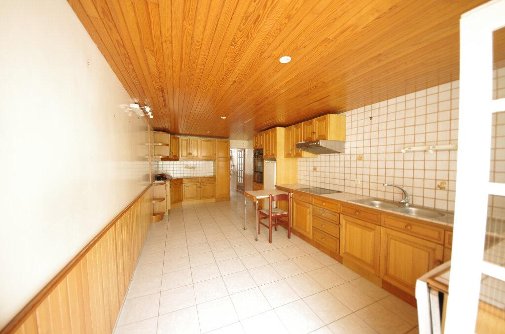 Maison à vendre 5 180.9m2 à Pons vignette-5