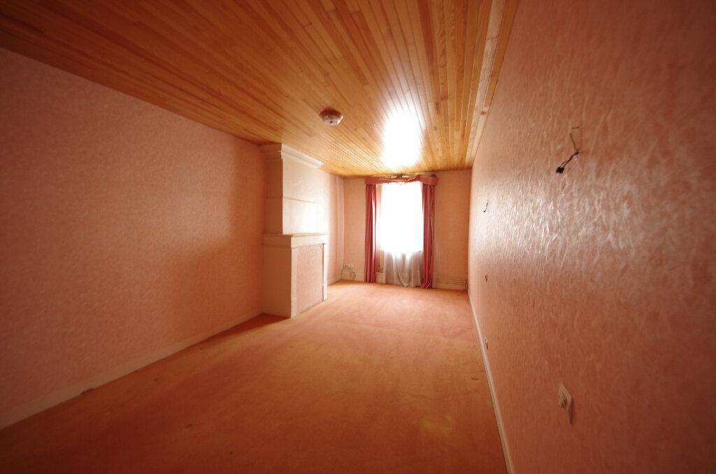 Maison à vendre 5 180.9m2 à Pons vignette-8