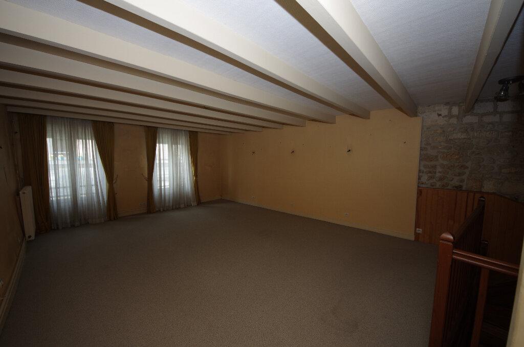 Maison à vendre 5 180.9m2 à Pons vignette-9