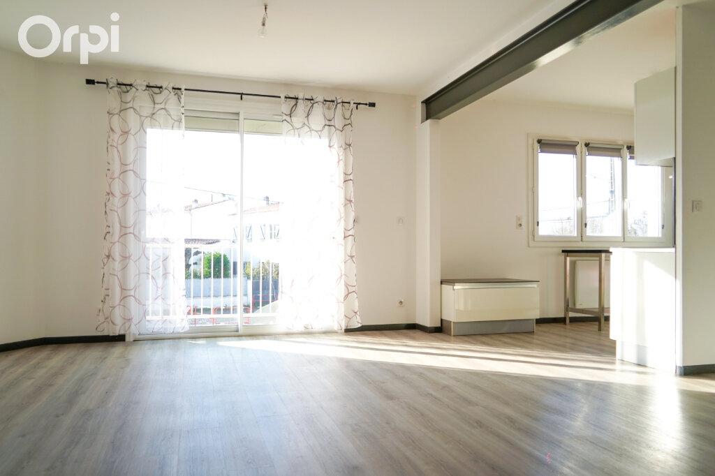 Maison à vendre 4 77m2 à Fouras vignette-4