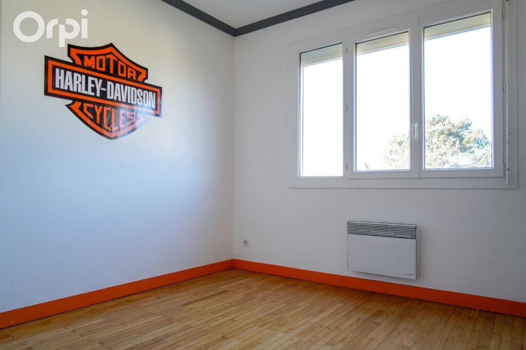 Maison à vendre 4 77m2 à Fouras vignette-11