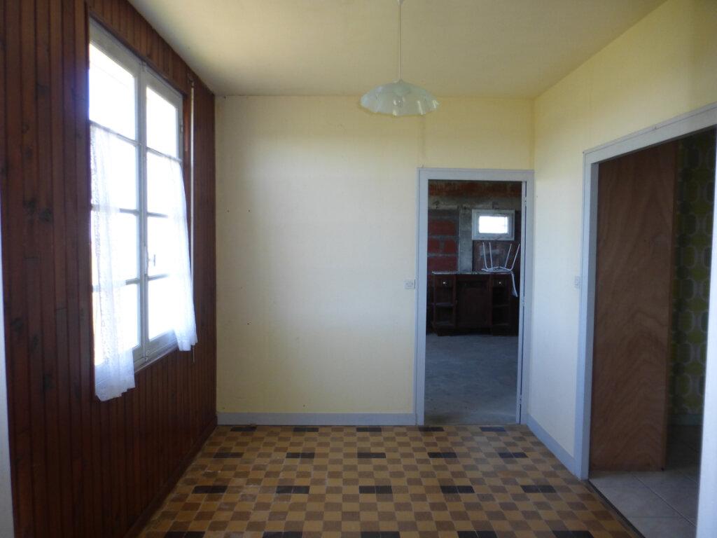 Maison à vendre 4 84m2 à Fouras vignette-4