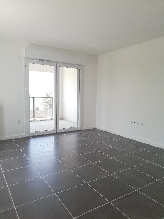 Appartement à louer 3 69.94m2 à Périgny vignette-2