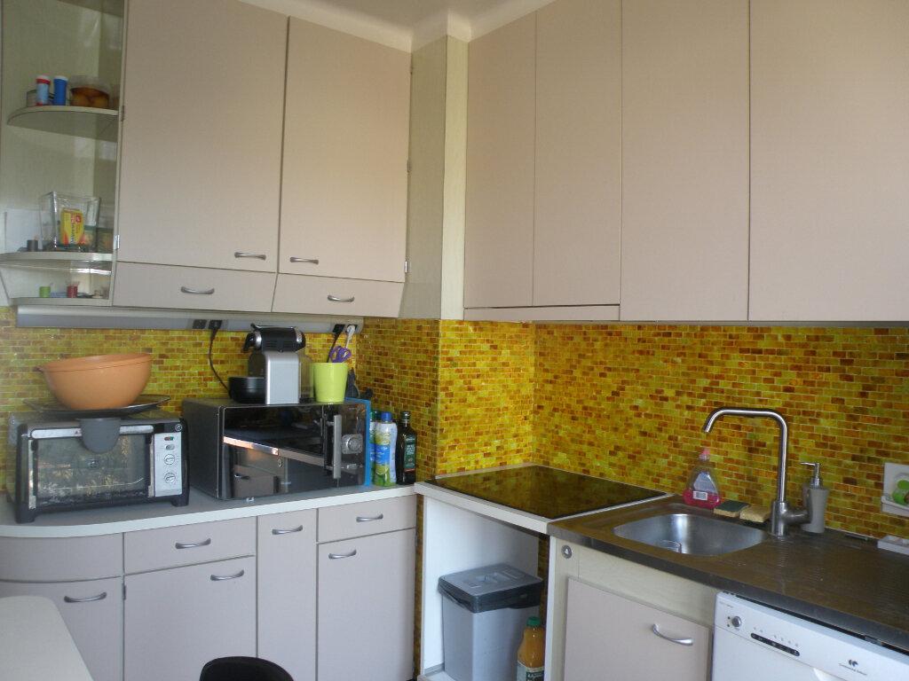 Maison à louer 5 110.06m2 à Gournay-sur-Marne vignette-8