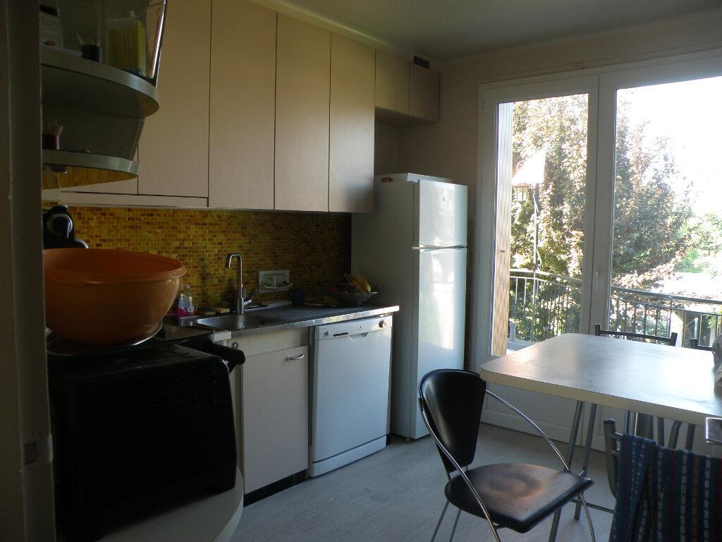 Maison à louer 5 110.06m2 à Gournay-sur-Marne vignette-10