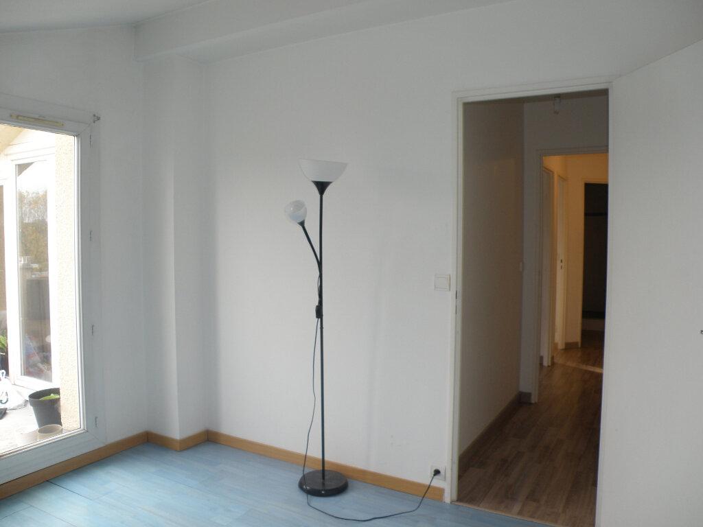 Appartement à louer 2 45.66m2 à Noisiel vignette-7
