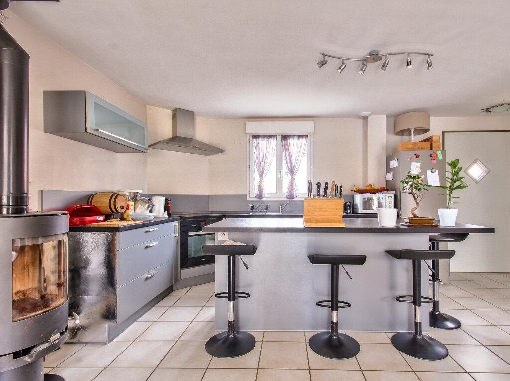 Maison à vendre 4 90m2 à Serpaize vignette-3