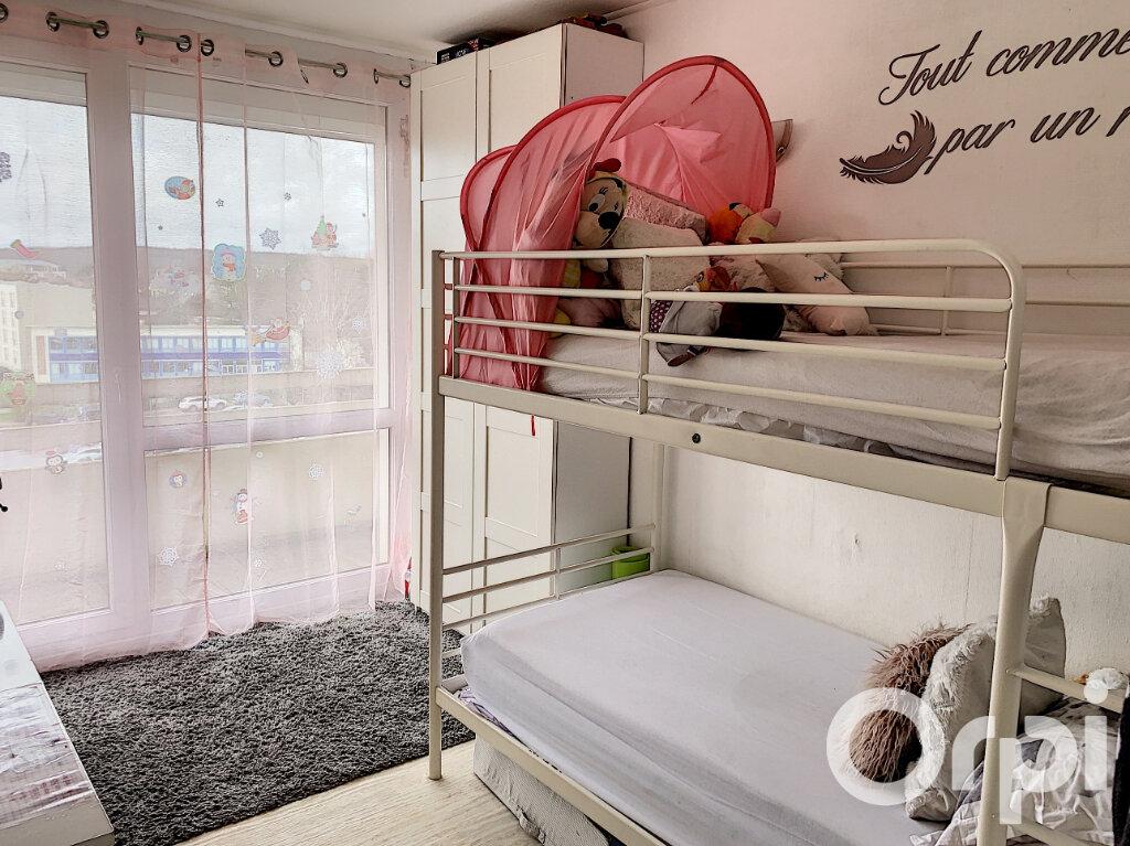 Appartement à vendre 4 65m2 à Villers-Cotterêts vignette-5