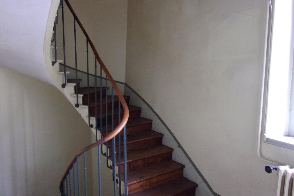 Maison à vendre 10 150m2 à Crépy-en-Valois vignette-1