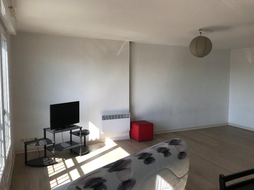 Appartement à louer 1 37.09m2 à Villers-Cotterêts vignette-2