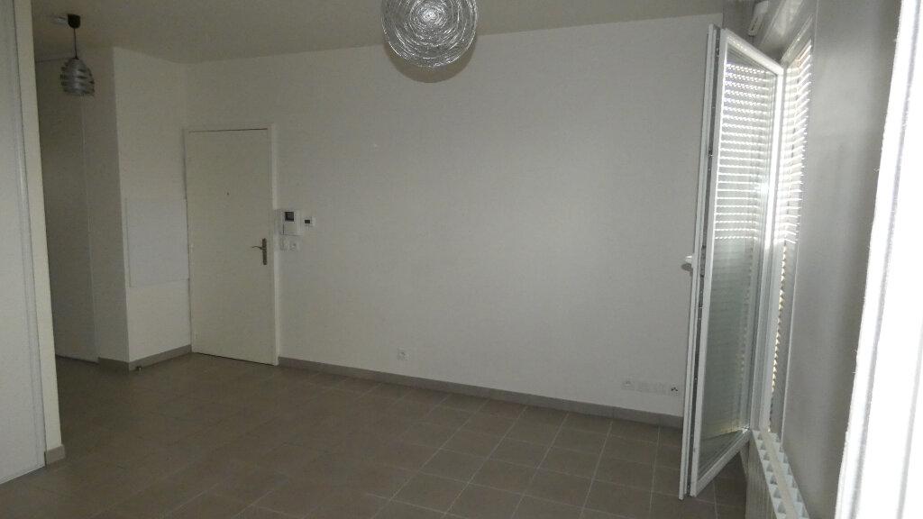 Appartement à louer 2 38.86m2 à Dammartin-en-Goële vignette-2