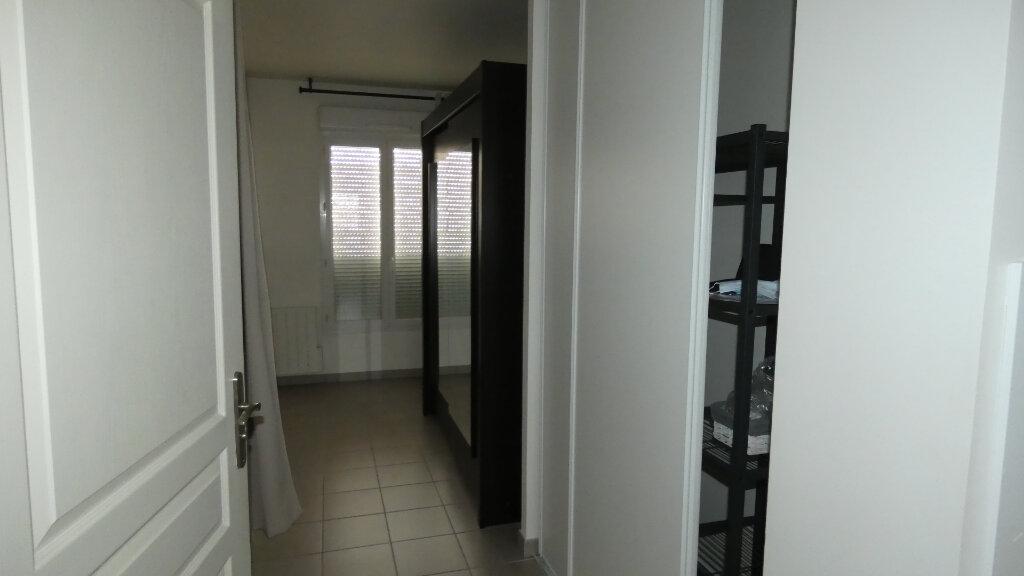 Appartement à louer 2 38.86m2 à Dammartin-en-Goële vignette-6
