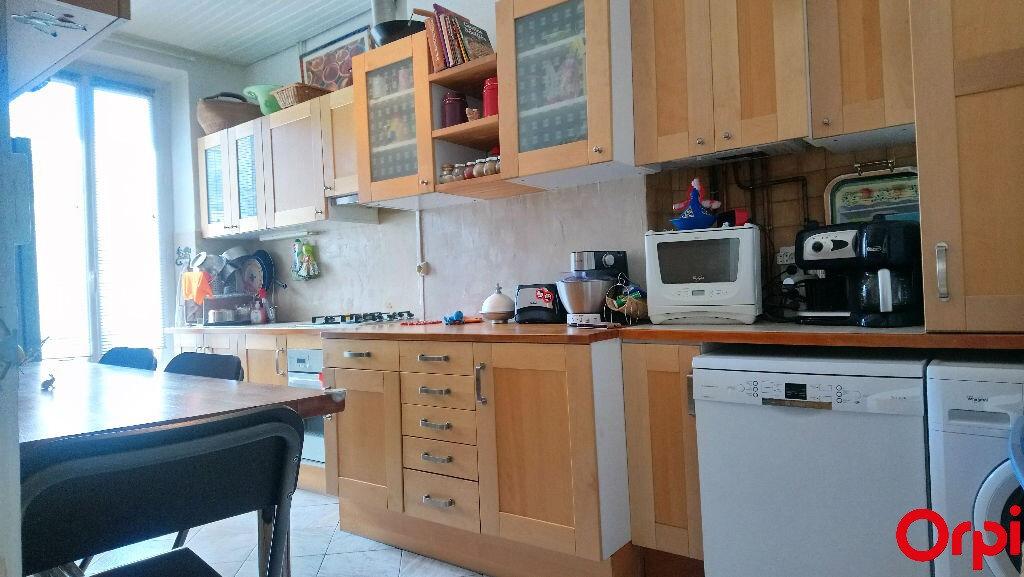 Appartement à vendre 4 78.77m2 à Marseille 8 vignette-3