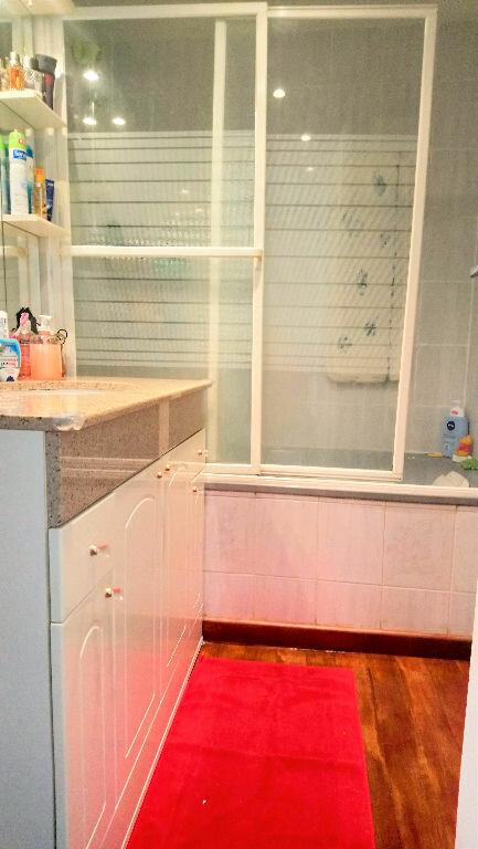 Appartement à vendre 4 78.77m2 à Marseille 8 vignette-6