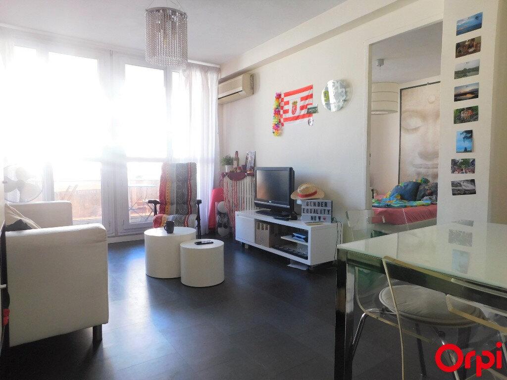 Appartement à vendre 3 48m2 à Marseille 8 vignette-2