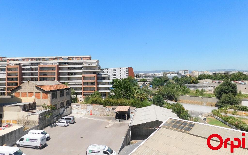 Appartement à vendre 3 71m2 à Marseille 8 vignette-1