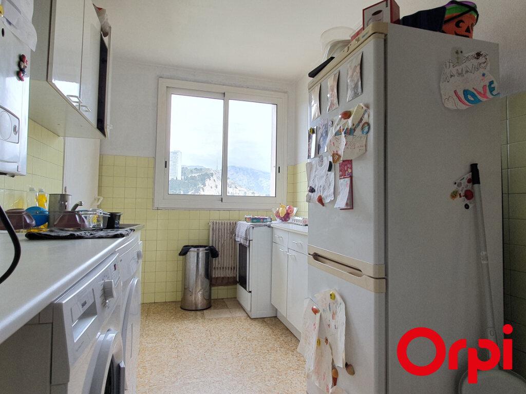 Appartement à vendre 4 70m2 à Marseille 9 vignette-5