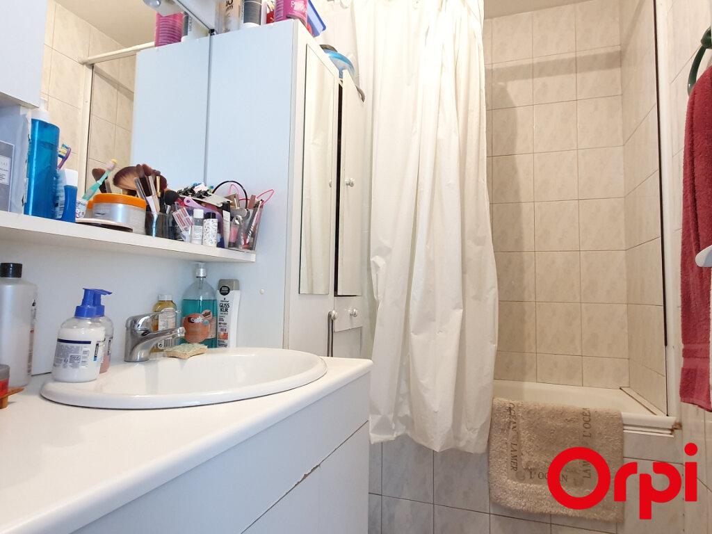 Appartement à vendre 4 70m2 à Marseille 9 vignette-7