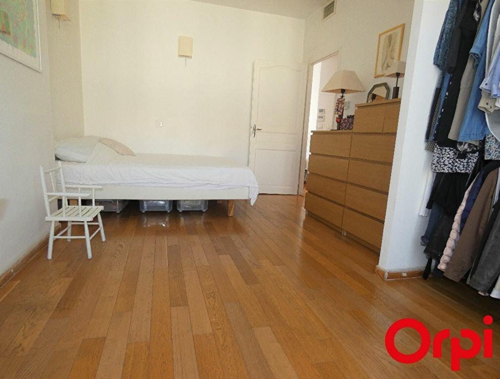 Appartement à vendre 3 70m2 à Marseille 9 vignette-7