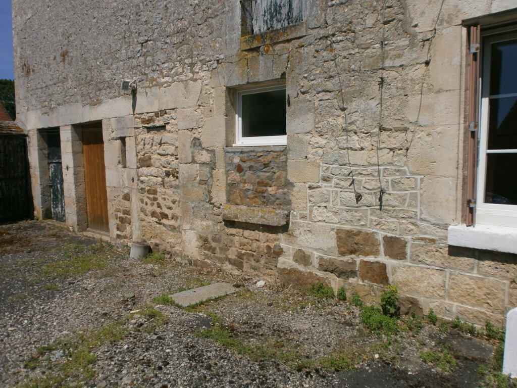 Maison à louer 4 124m2 à Tanques vignette-3