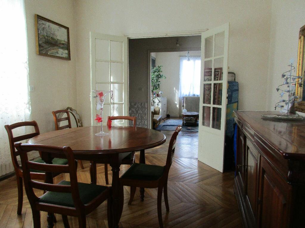 Maison à vendre 7 152.6m2 à Argentan vignette-3