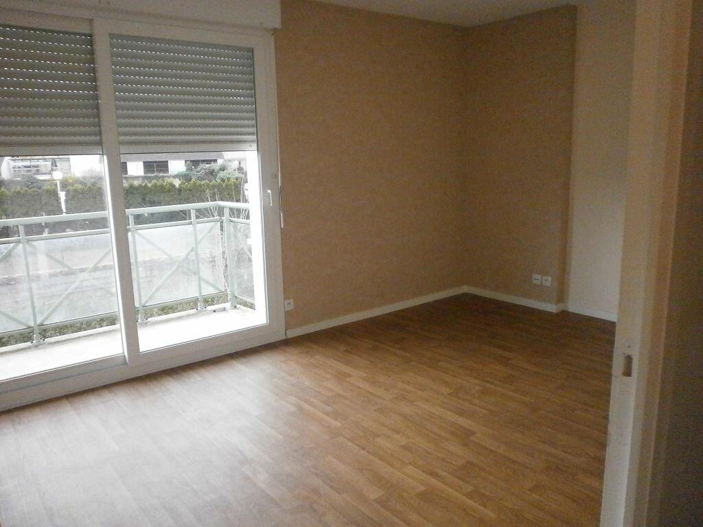 Appartement à louer 2 37m2 à Argentan vignette-1