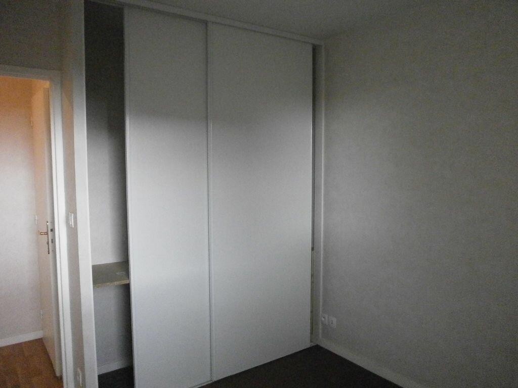 Appartement à louer 2 37m2 à Argentan vignette-2