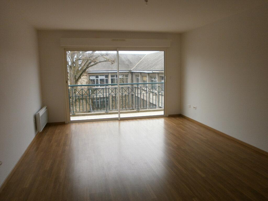Appartement à louer 3 85m2 à Argentan vignette-1