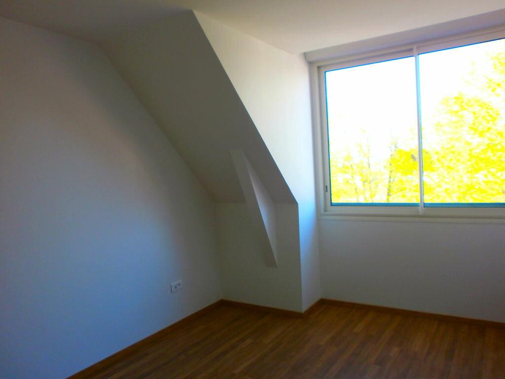 Appartement à louer 3 70m2 à Argentan vignette-2