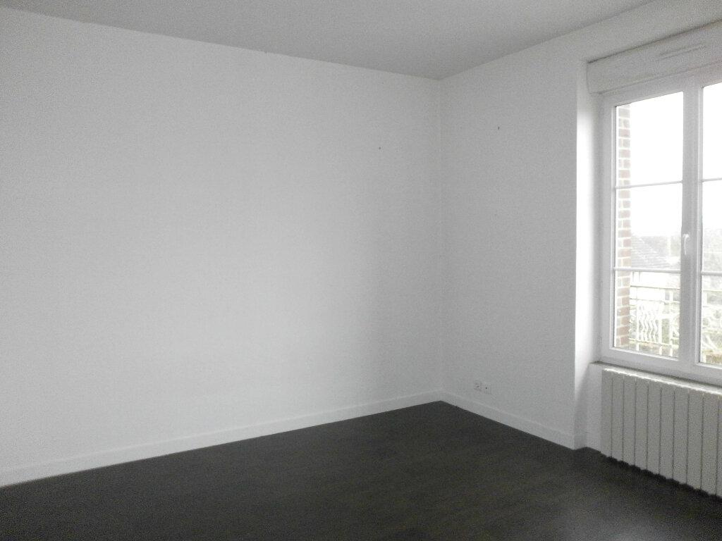 Appartement à louer 4 70m2 à Boucé vignette-1