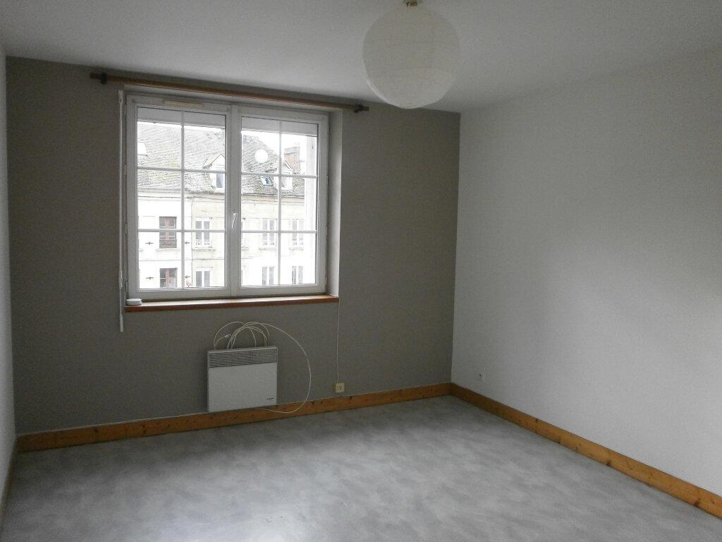 Appartement à louer 2 42m2 à Trun vignette-3