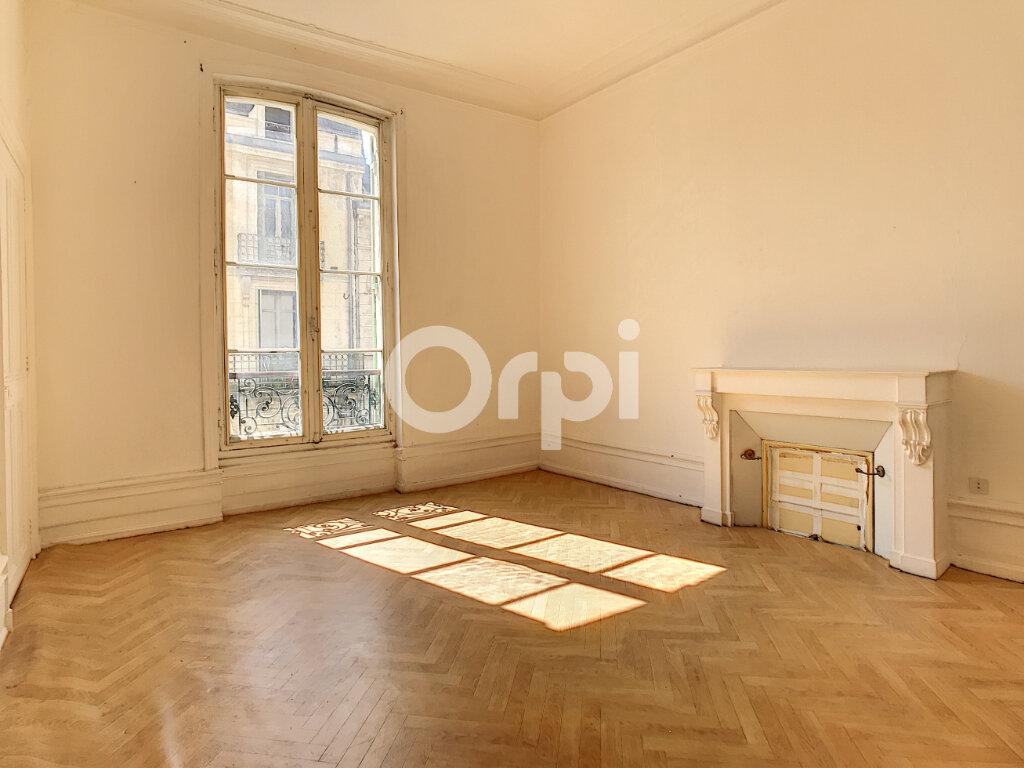Appartement à louer 3 101m2 à Périgueux vignette-4