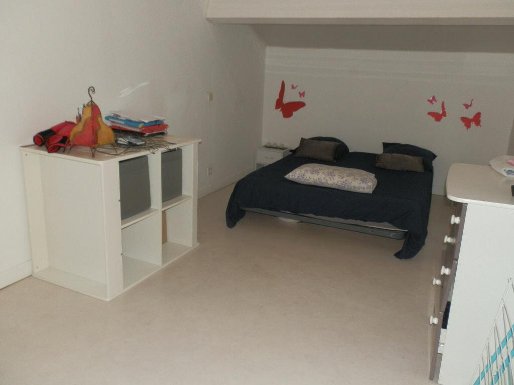 Maison à louer 3 50m2 à Grun-Bordas vignette-3