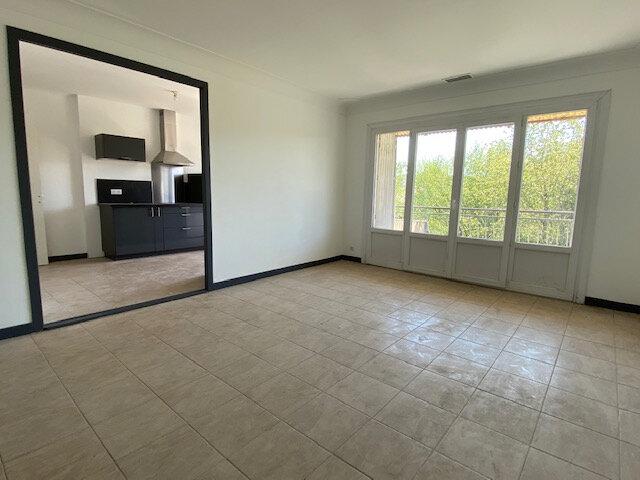 Appartement à louer 5 120m2 à Trélissac vignette-1