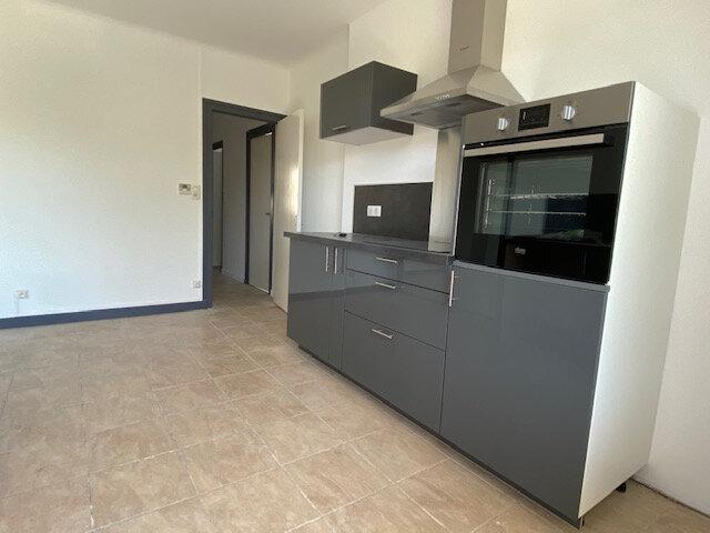 Appartement à louer 5 120m2 à Trélissac vignette-2