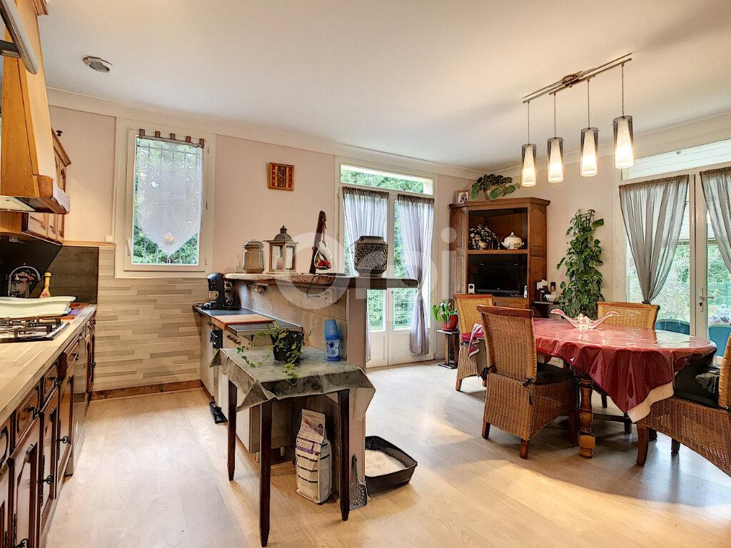 Maison à vendre 4 100m2 à Sorges vignette-5