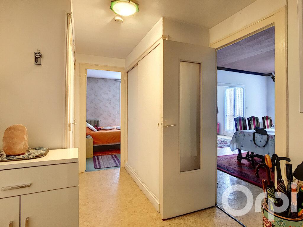 Appartement à vendre 4 70m2 à Périgueux vignette-2