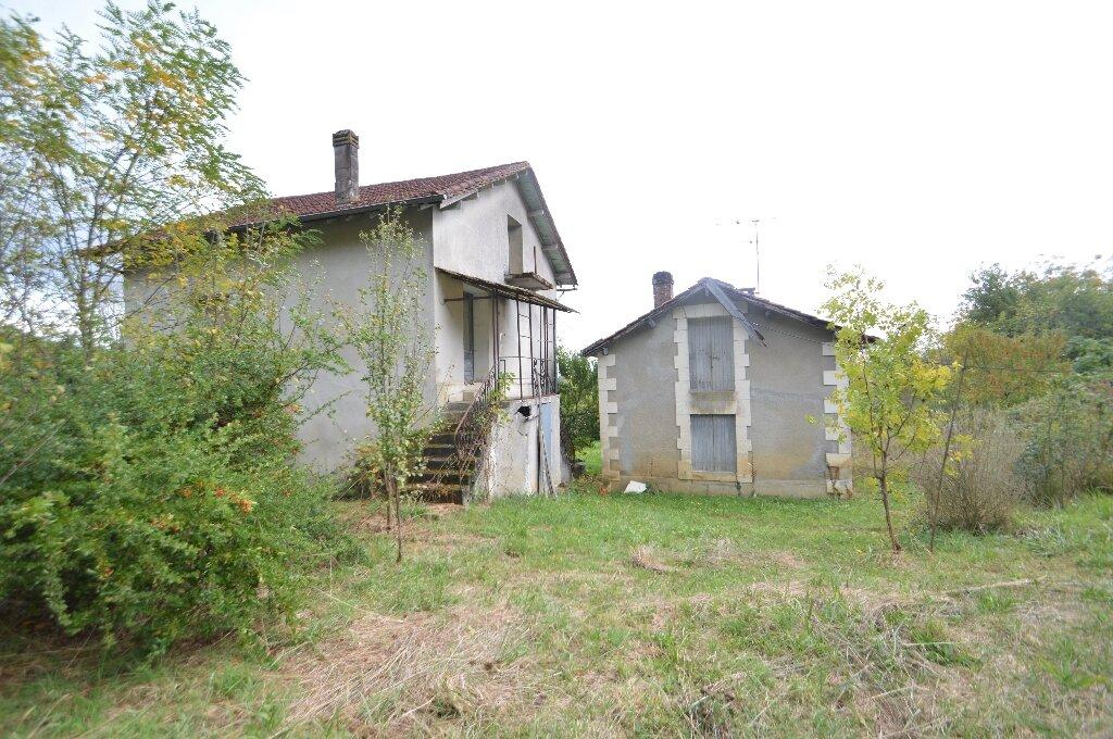 Maison à vendre 6 120m2 à Marsaneix vignette-1