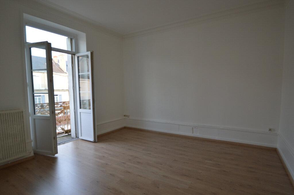 Appartement à louer 2 40m2 à Périgueux vignette-2